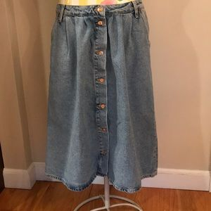 Zara Midi Denim Button Front Skirt
